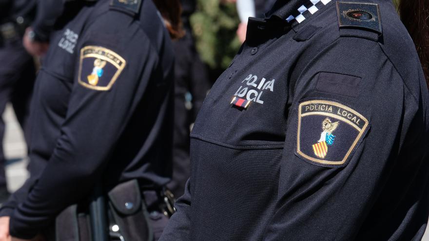 Tres agentes heridos en Novelda al intervenir en una pelea multitudinaria