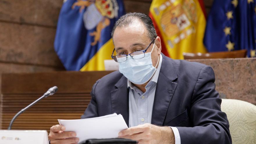 Directo:  Sanidad informa sobre la actualización de niveles de alerta en Tenerife y Gran Canaria