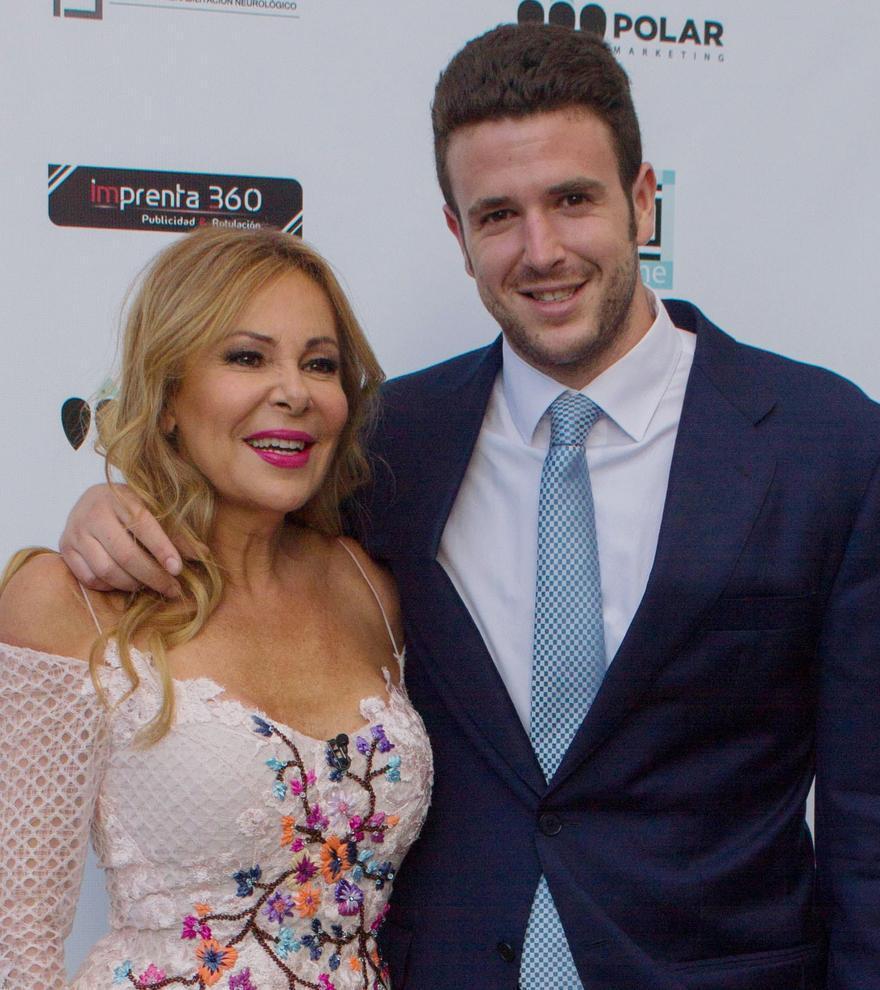 Ana Obregón felicita a su hijo Aless en el día de su cumpleaños