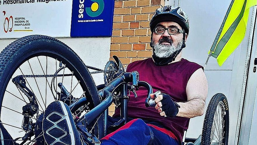 Una lucha en silla de ruedas para volver a Málaga