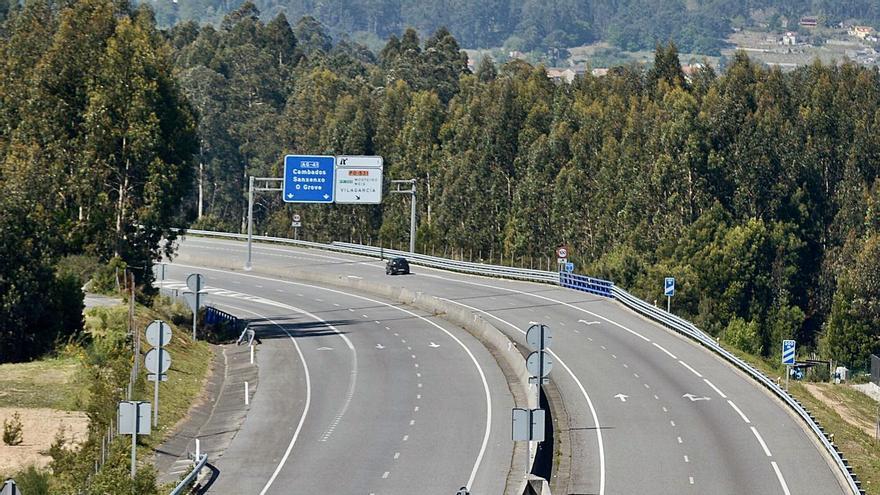 El tráfico se desploma en las carreteras arousanas durante el año de la pandemia