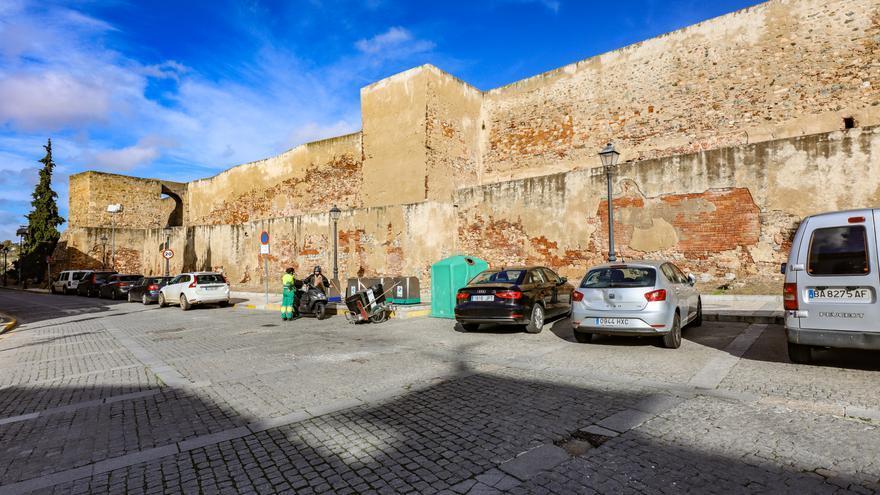 El Ayuntamiento de Badajoz licita el proyecto para rehabilitar el último tramo de la muralla de la alcazaba