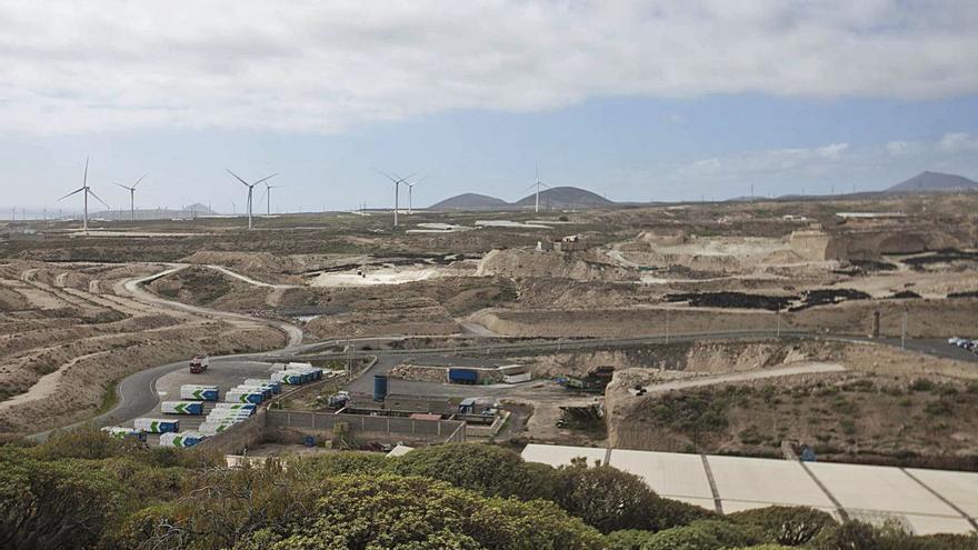 El PSOE insta al alcalde de Arico a presentar una propuesta razonada sobre el vertedero