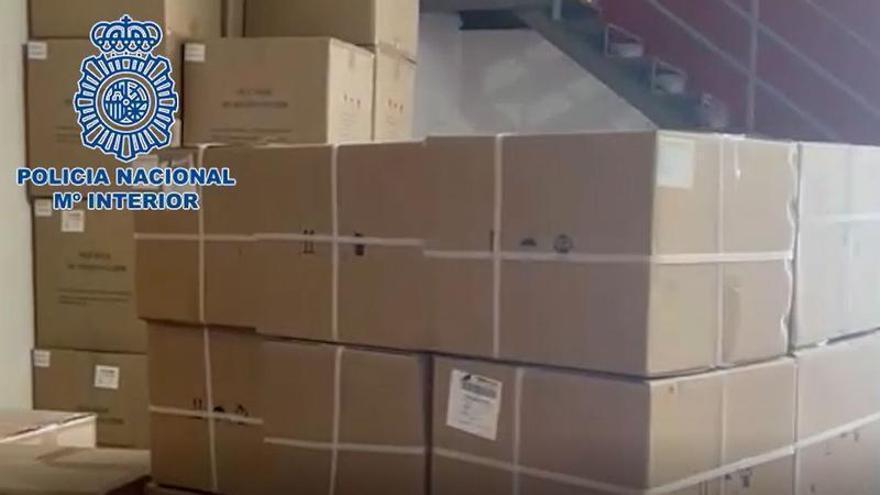 Cuatro detenidos en Málaga por distribuir 10.000 test de antígenos sin cumplir la normativa sanitaria