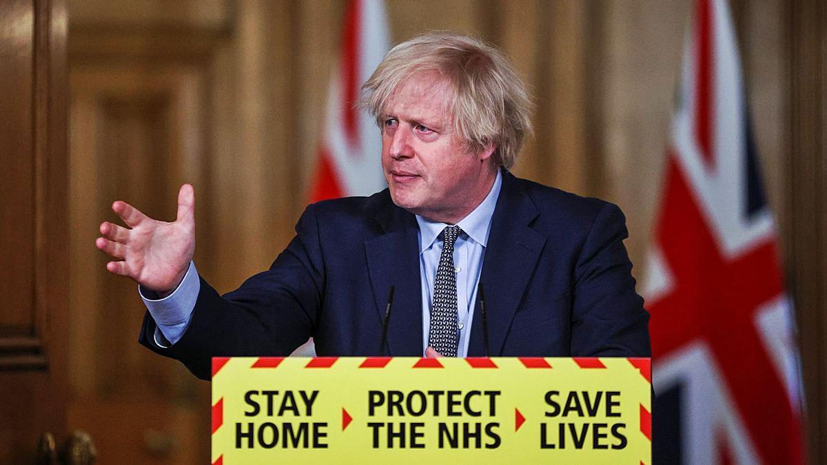 Reino Unido multará con 6.000 salir de vacaciones