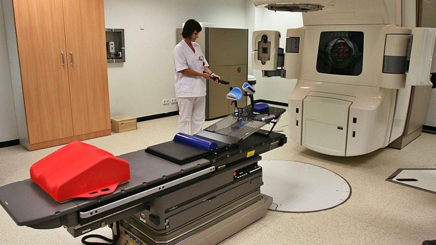 Amancio Ortega dona un equipo de prontoterapia contra el cáncer a Valencia