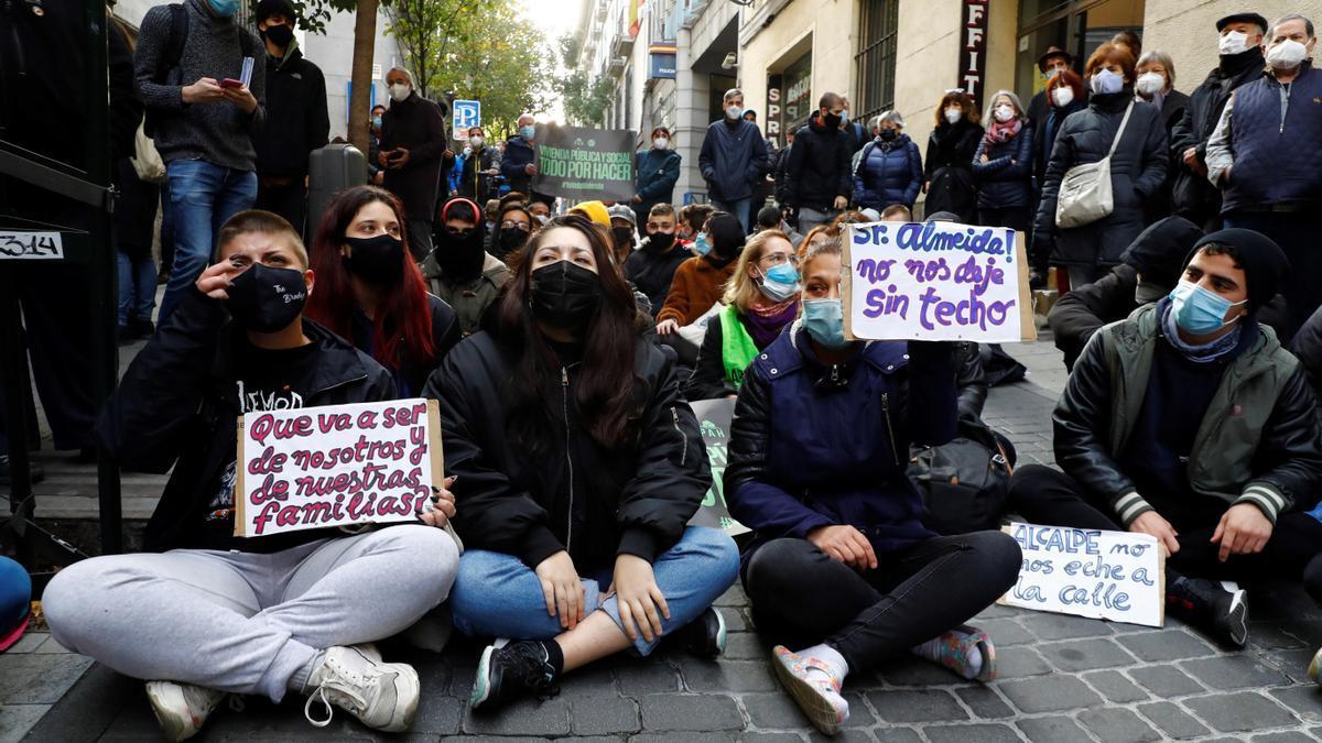 Concentración en Madrid en contra de los desahucios