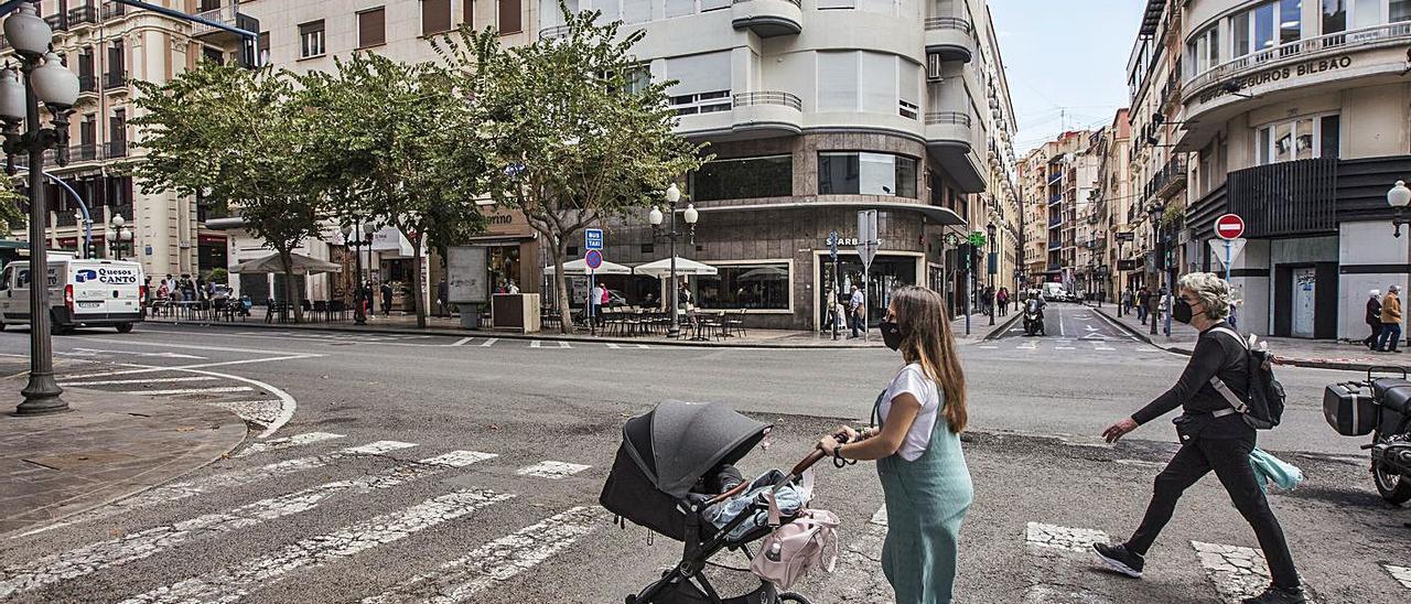 El bipartito cerrará al tráfico la calle del Ayuntamiento y la Rambla los domingos y festivos.