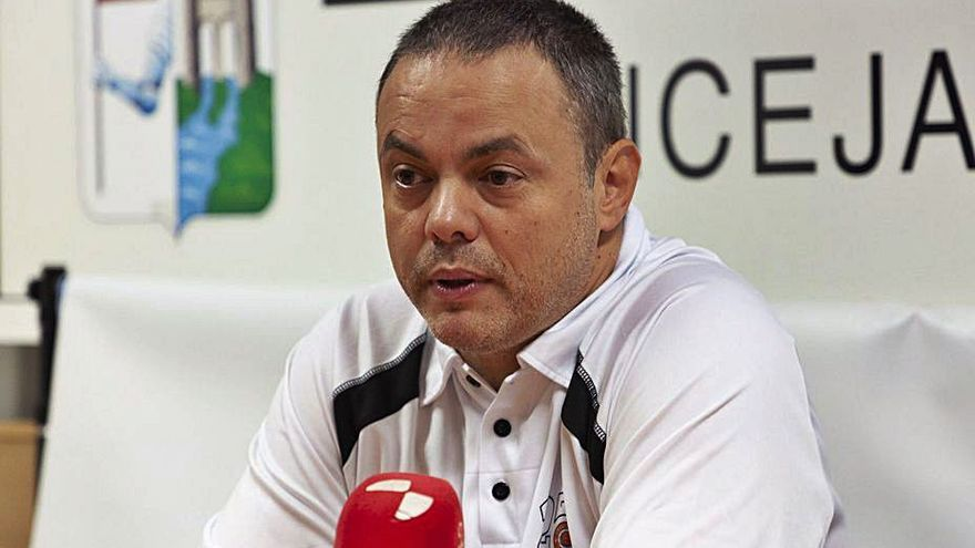 Fran García no descarta cambios en la plantilla