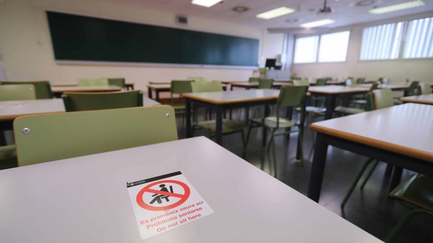 """Los universitarios critican que las clases online llegan """"de forma tardía e ineficaz"""""""