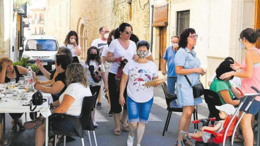 El Castellón vacío cuelga el cartel de completo en el agosto más extraño