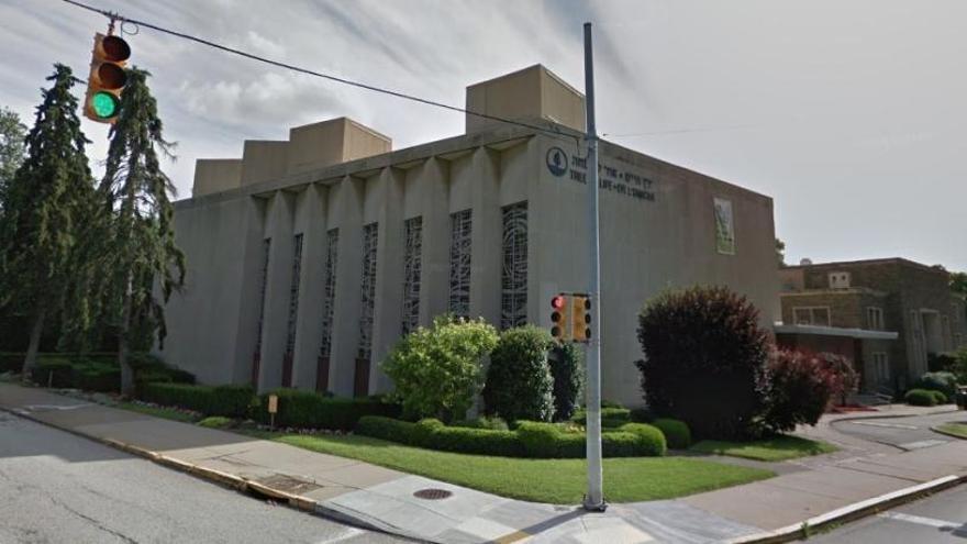 Almenys vuit morts per un tiroteig en una sinagoga de Pittsburgh