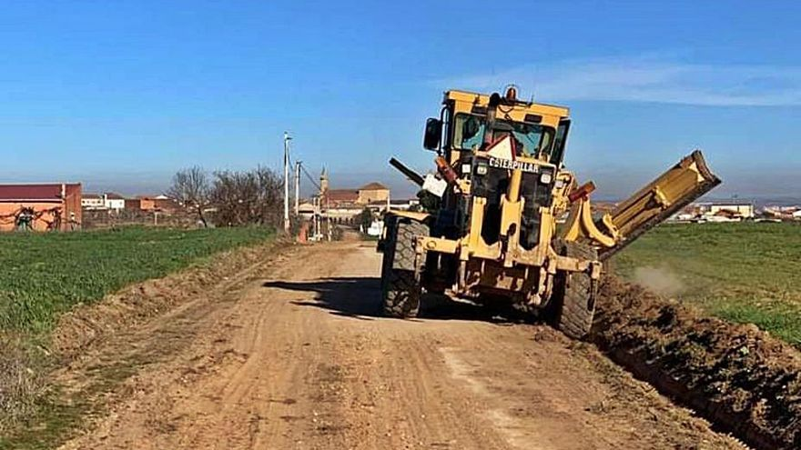 La Junta invierte cerca de 150.000 euros en el arreglo de caminos de Zamora