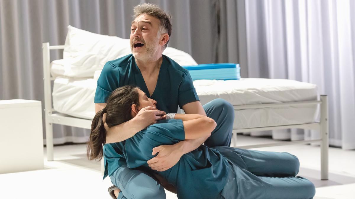 Sergio Caballero i Paula Llorens protagonitzen aquesta obra teatral.