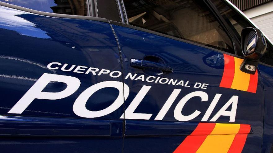 Un indigente amenaza a un militar con un arma de aire comprimido en La Laguna