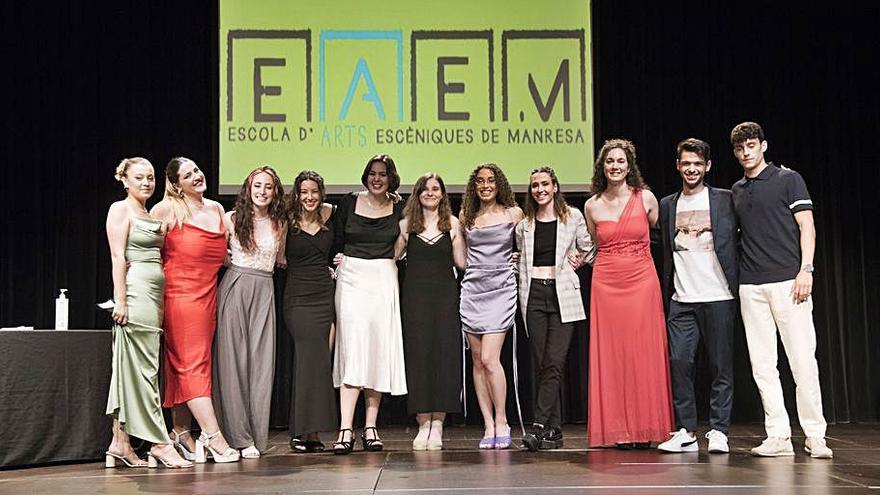 Nit de gala al Kursaal per aplaudir els primers graduats en teatre a Manresa