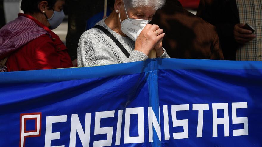 Manifestaciones en decenas de ciudades de España contra los recortes de pensiones