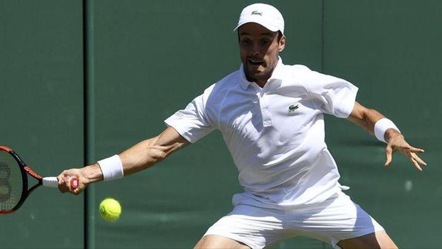Bautista accede a tercera ronda en Wimbledon
