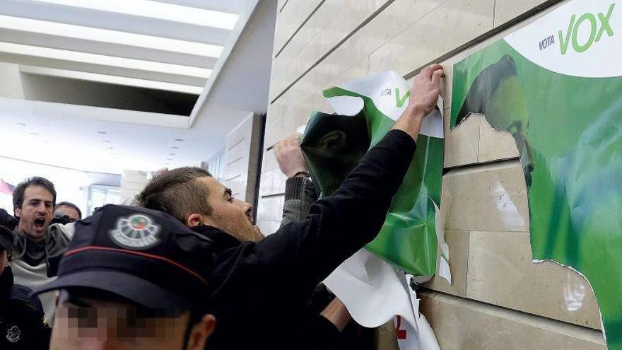 Altercados en Euskadi o tras una concentración contra un acto de Abascal