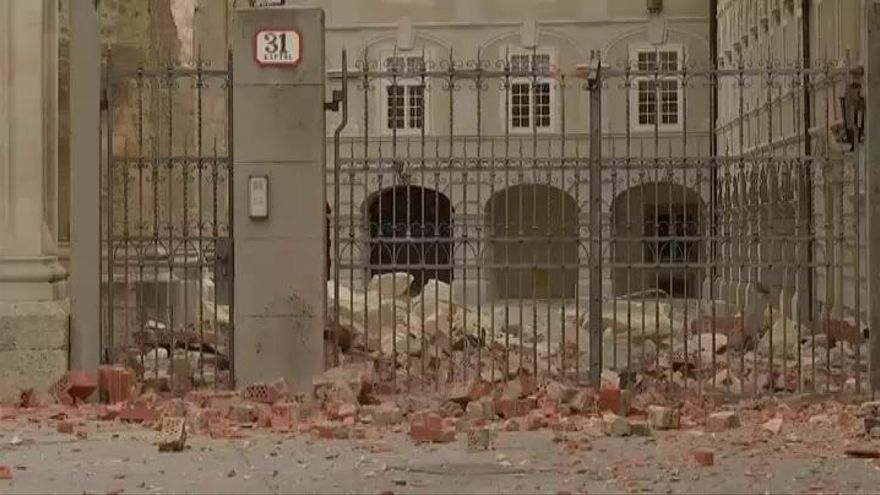 Una cadena de terremotos causa al menos 10 heridos e importantes daños en Croacia