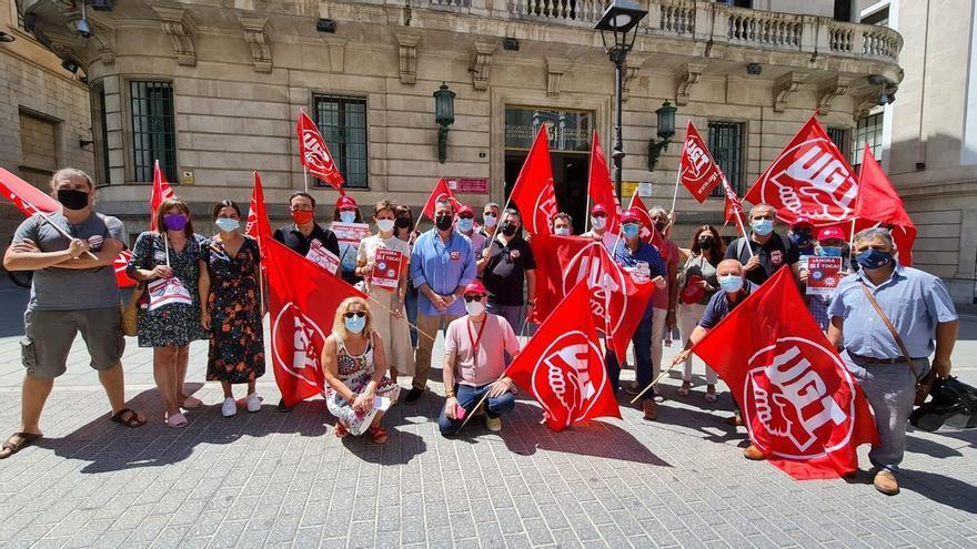 UGT y CCOO piden la subida del SMI y la derogación de la reforma laboral