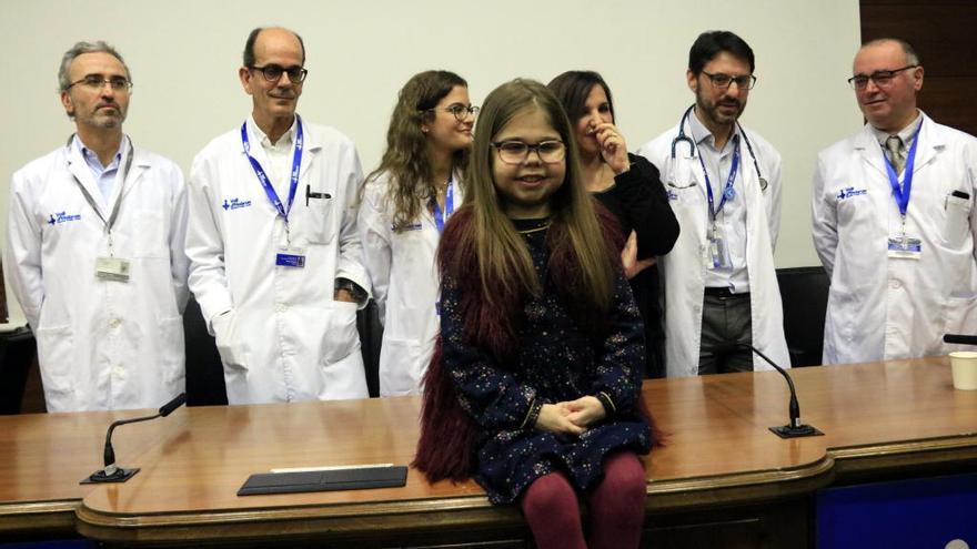 Iria, una nena de deu anys transplantada de cor, fetge i ronyó a Barcelona