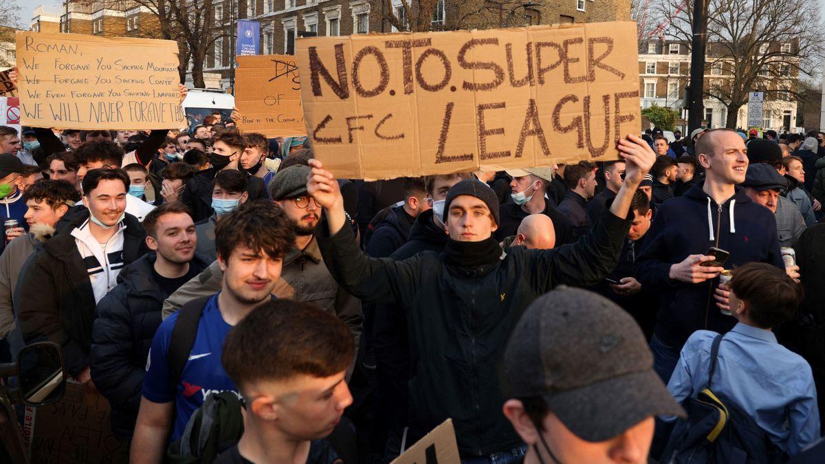 La Superliga agoniza: los seis clubs ingleses se retiran de la competición  - El Periódico Mediterráneo