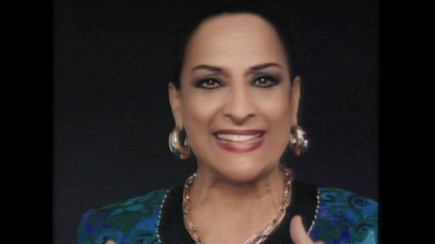 Lola Flores vuelve para reivindicar la diversidad con un anuncio grabado en Málaga