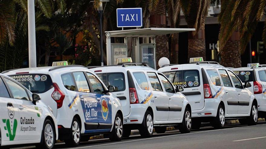 El Gobierno destina 1,1 millones de euros para reactivar el sector del taxi