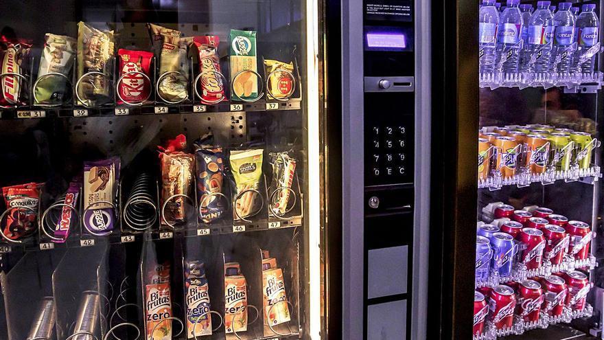 Piden que se prohíban los alimentos insanos también en el entorno laboral
