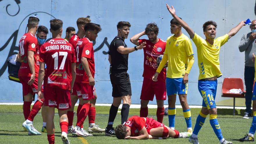 Las Palmas Atlético pierde contra El Ejido tras un final polémico (0-1)