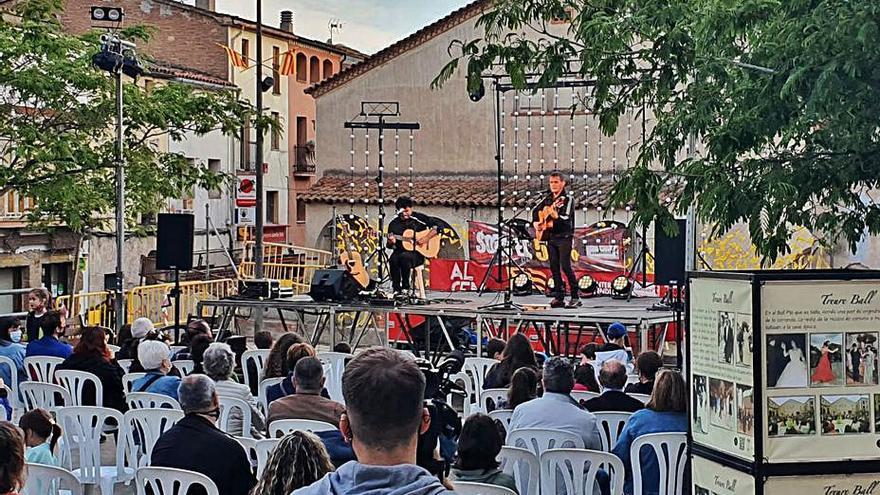 Vallbona d'Anoia celebra la seva festa grossa, les festes del Roser amb cultura