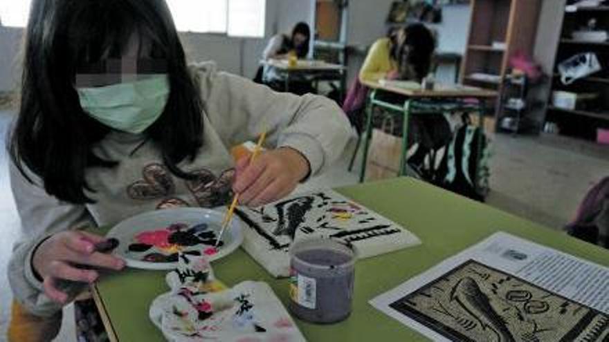 189 alumnos del colegio de Vilariño trabajaron con el mosaico este curso.