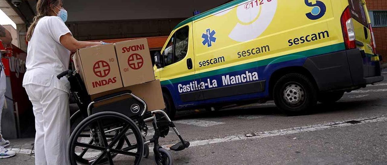 Ruta por la España perimetrada (5): Cuando el virus asedia al hospital
