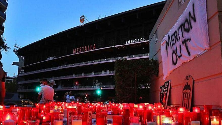 """Comunicado de la plataforma De Torino a Mestalla: """"Meriton no debe seguir ni un minuto más"""""""
