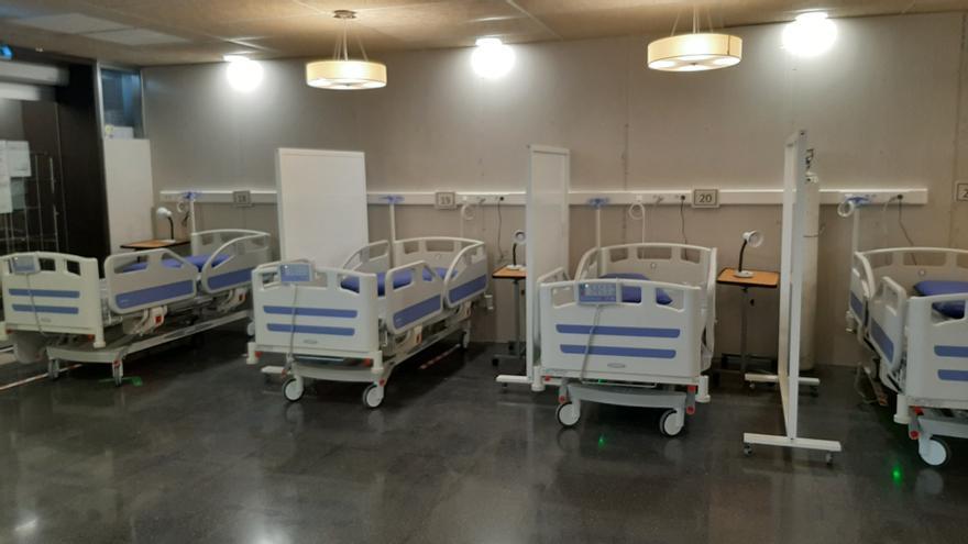 Así ha habilitado el Hospital General de Elche la cafetería y la capilla para enfermos sin covid-19