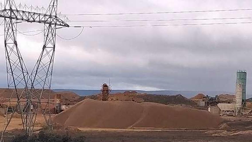 Montones de arenas y gravas
