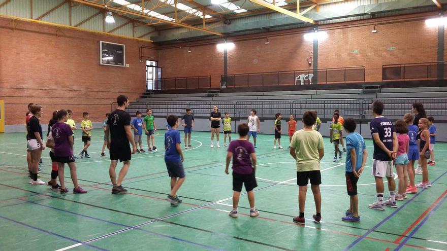 El Balonmano Zamora presenta sus actividades para este verano