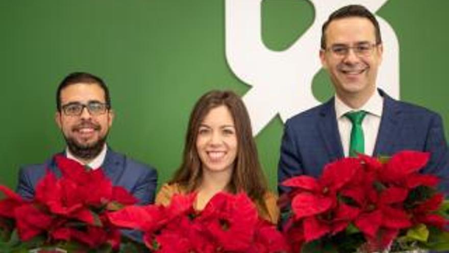 Més de 30.000 euros en 15.700 flors de Pasqua solidàries