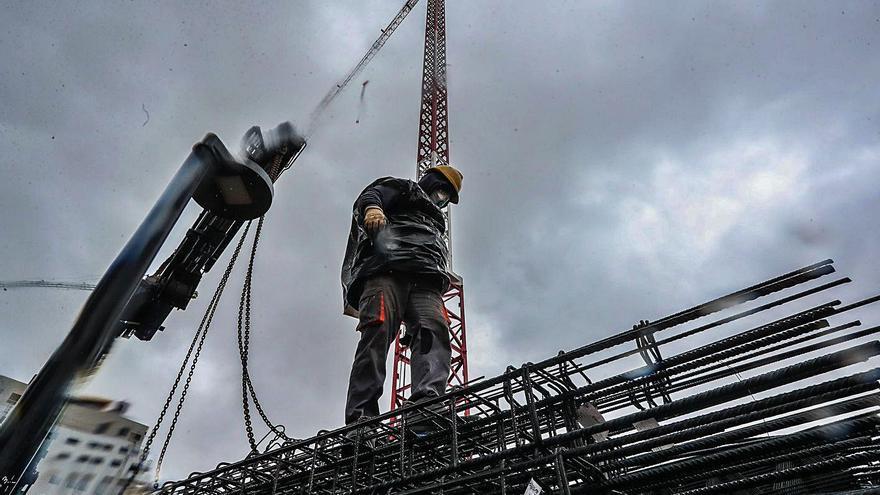 Las constructoras valencianas recuperan el negocio de los tiempos prepandemia