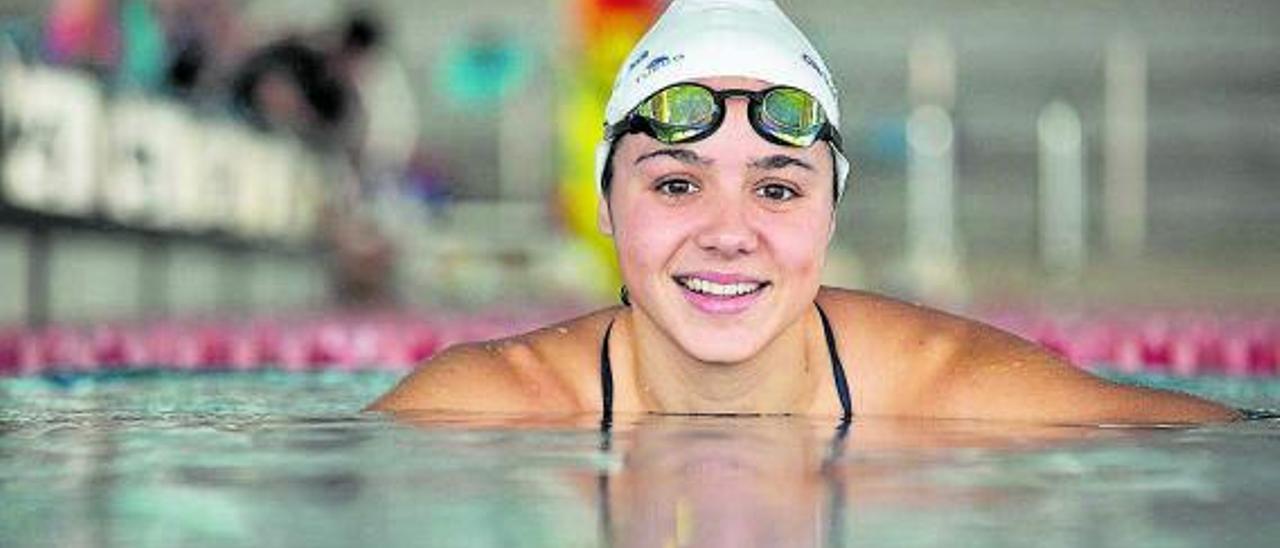 Catalina Corró, en una imagen de archivo, en la piscina del CN Sabadell.     ANNA MAS
