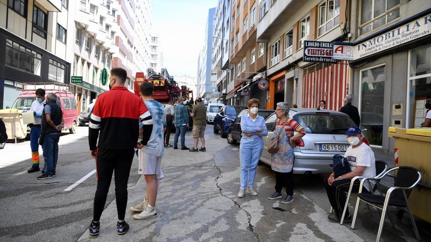 Desalojado un edificio en la Avenida da Concordia por un incendio