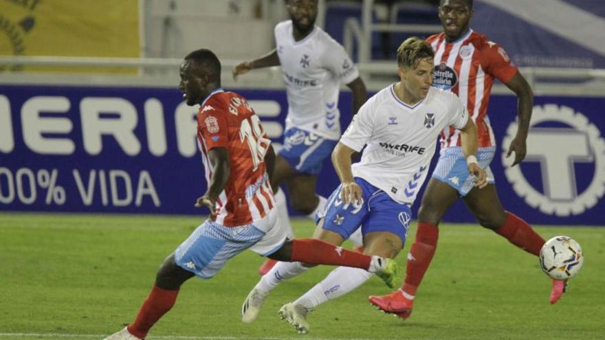 El Tenerife no puede con un Lugo con diez jugadores