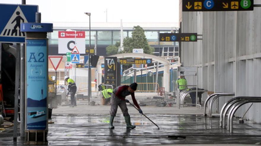 El Govern promet no bloquejar l'ampliació de l'aeroport del Prat