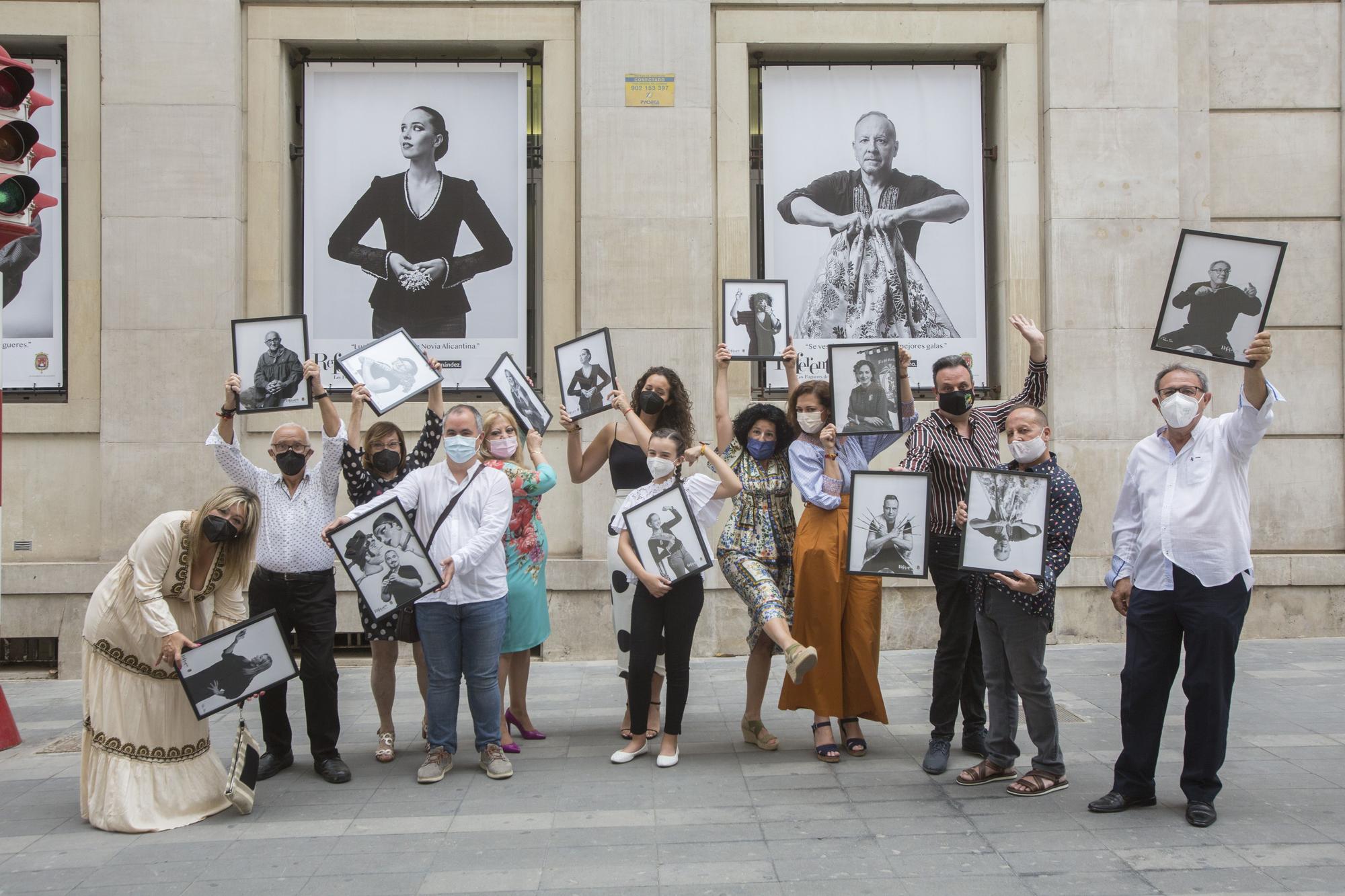 """Homenaje a trece profesionales de las Hogueras en la muestra fotográfica """"Referentes"""""""
