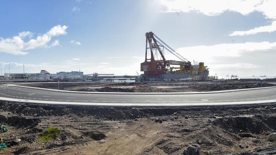 El Puerto urbaniza el anexo al muelle Elcano para el tráfico de vehículos
