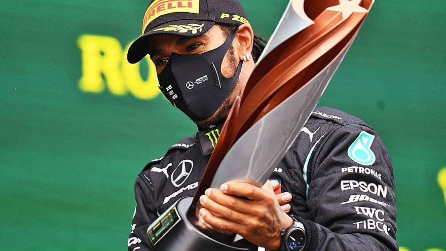 Lewis Hamilton guanya el setè títol i iguala el rècord  de Michael Schumacher