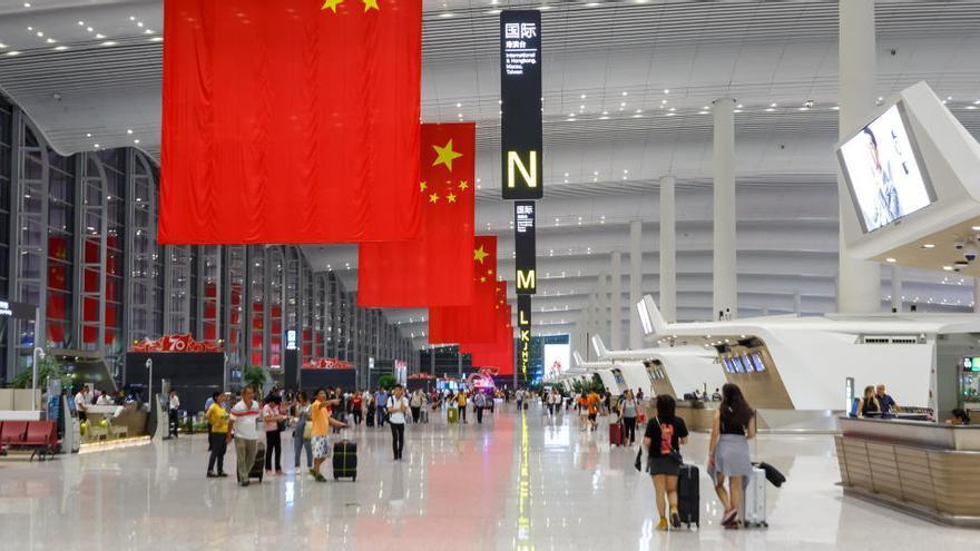 El aeropuerto de Cantón supera al de Atlanta como el más transitado del mundo