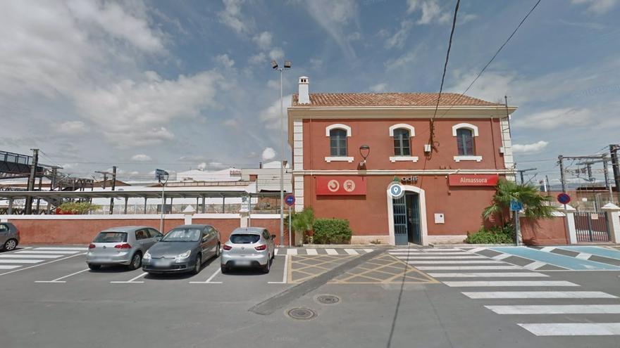 El tren arrolla a una persona en la estación de Castellón