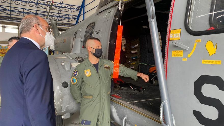 Pestana asiste a un simulacro de rescate de una tripulación del SAR